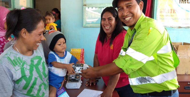 PT. Harita Nickel Beri Kontribusi ke Polindes Desa Kawasi