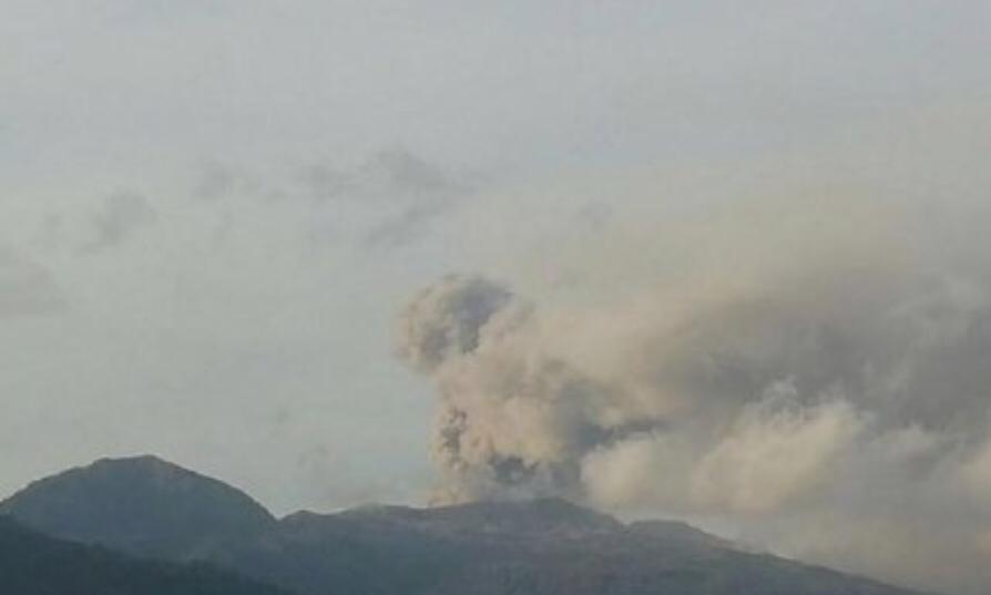 Erupsi Dukono, Dua Bandara di Maluku Utara Ditutup Sementara
