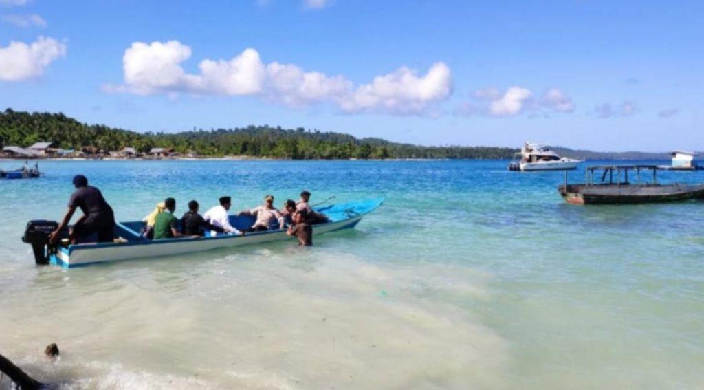 Gubernur Maluku Utara Turun ke Lokasi Korban Gempa